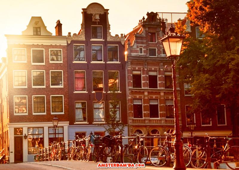 Amsterdam_Evleri