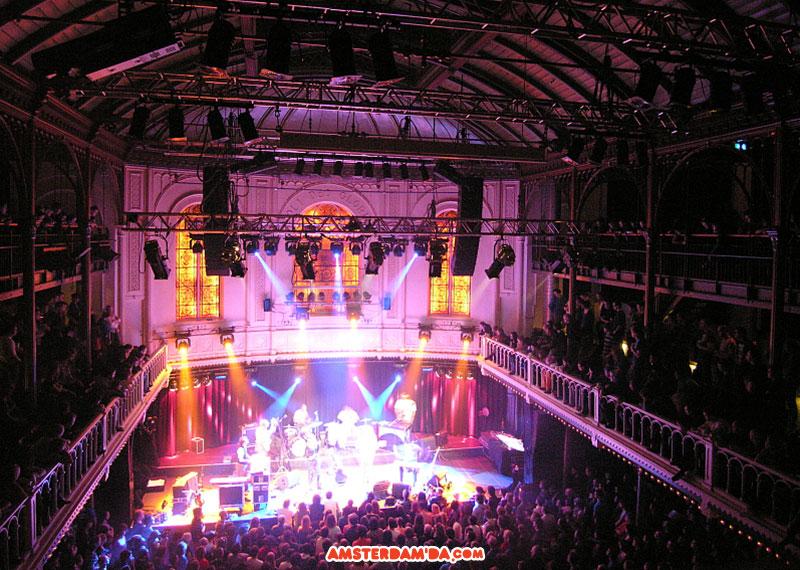 Paradiso'da bir konser. Fotoğraf sahibi: Ivo Kendra