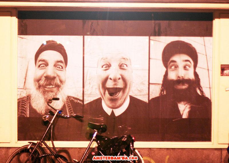 Üç din adamı